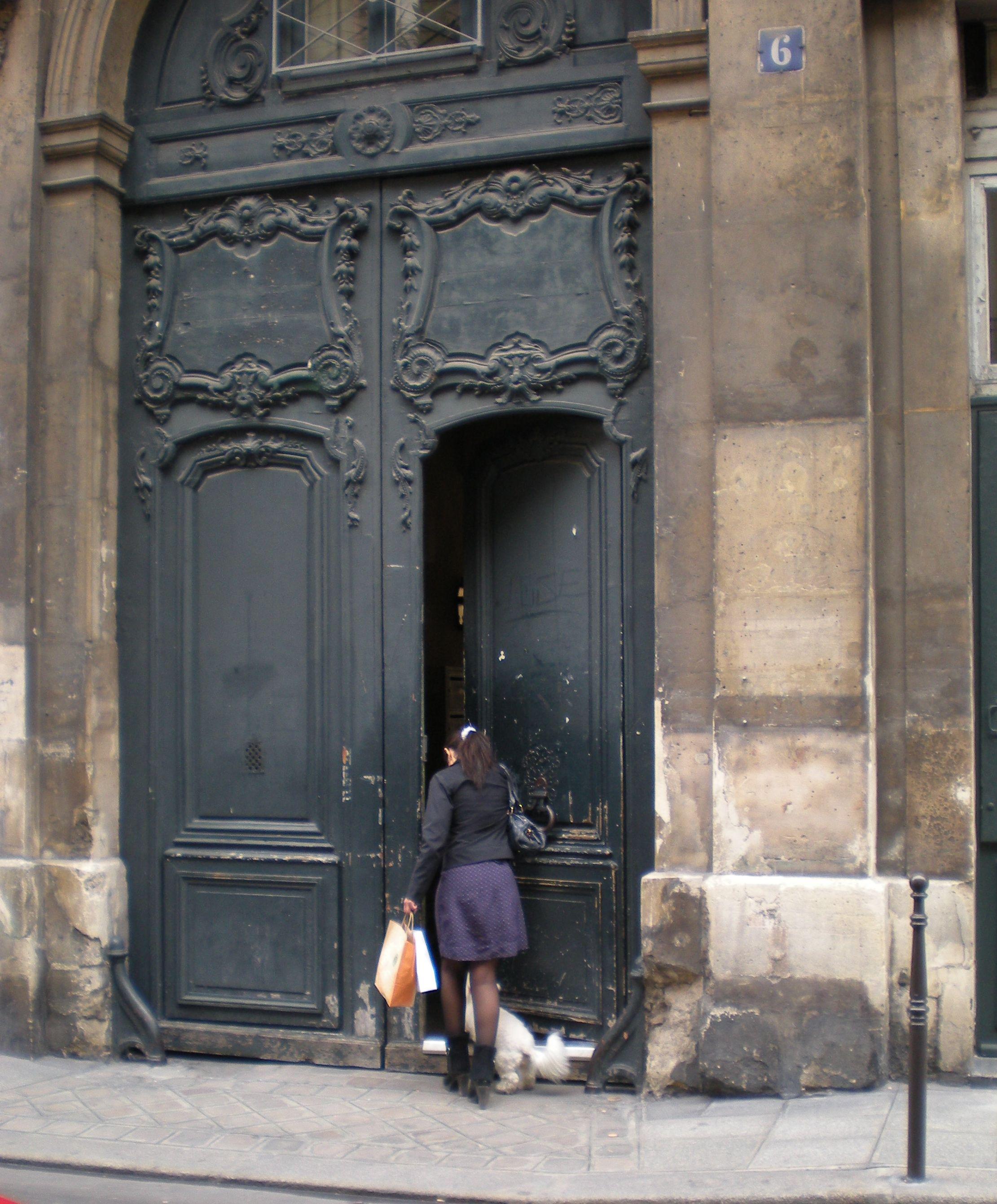 a doorway in Paris