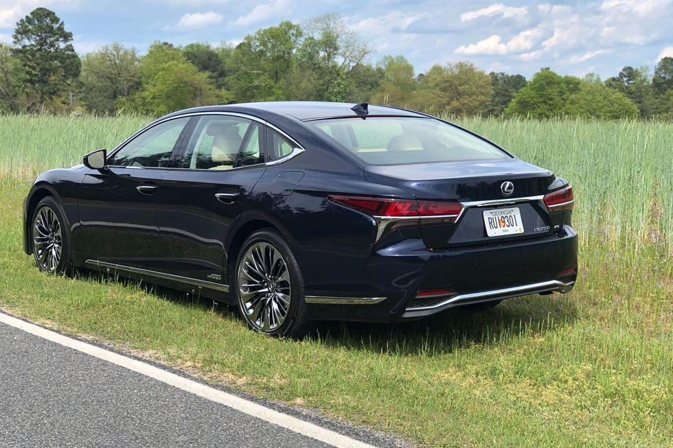 See Photos Of The 2020 Lexus Ls500h In 2020 Lexus Fuel Economy Lexus Ls