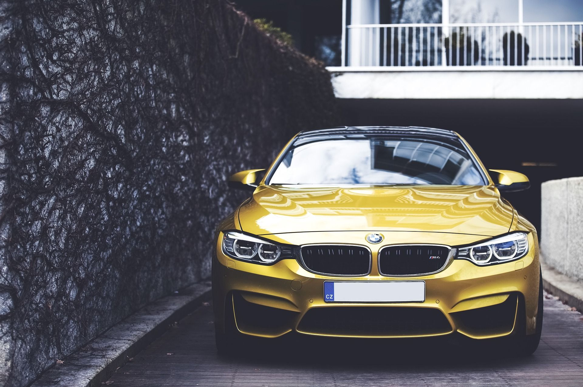 Bmw X2 Suv Galvanizedgold M4 Fuel Economy Luxury Cars