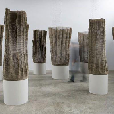 Tobias Putrih - Sculptures en carton | Installation ...