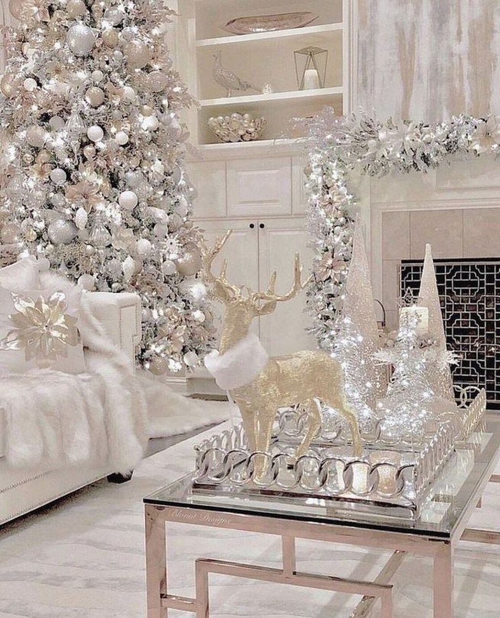 32 Amazing Winter Wonderland Home Decorations Ideas Elegant Christmas Decor White Christmas Trees Elegant Christmas