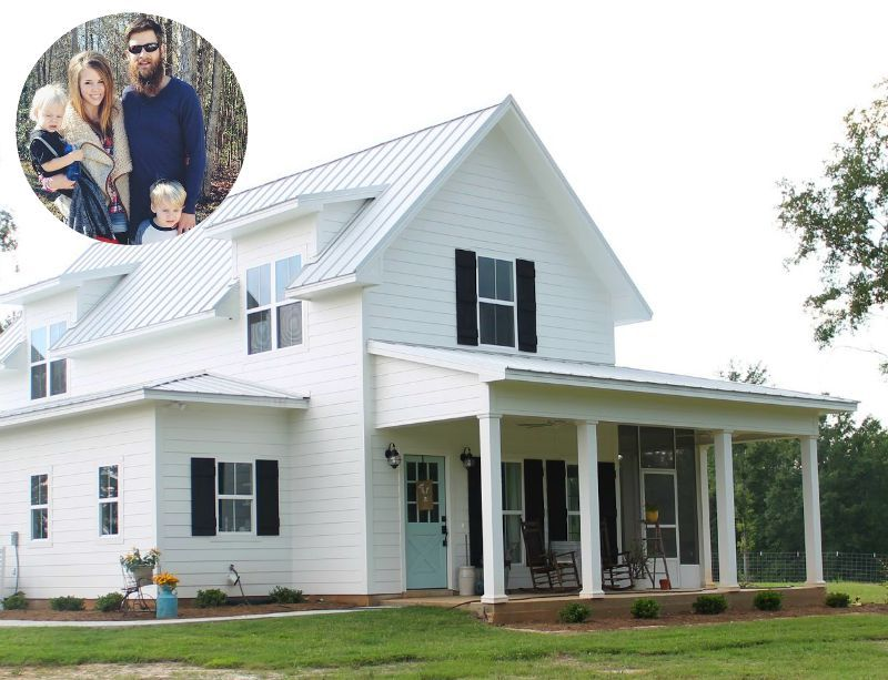 Brittany York S Sugarberry Farmhouse In Louisiana Cottage Homes Building A House White Farmhouse