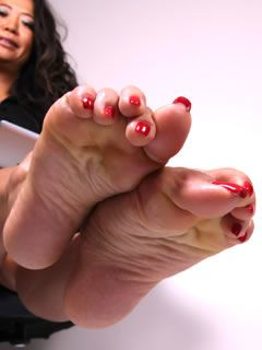 Mature foot fetish galleries