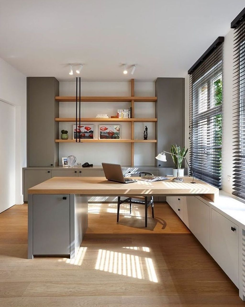 30 Admirable Modern Home Office Design Ideas That You Like Pimphomee Office Cabin Design Home Office Design Modern Home Office