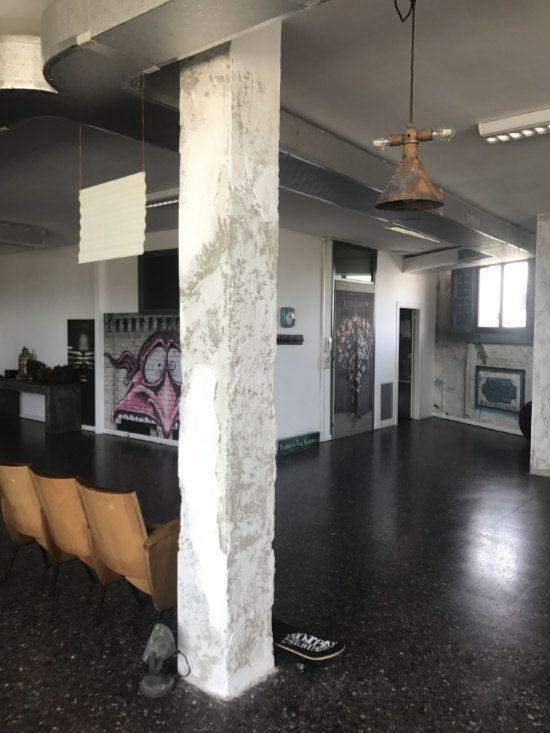 Come Rendere Un Pilastro Una Soluzione Du0027arredo: 14 Idee Che Funzionano |  Casa | Pinterest | Interiors