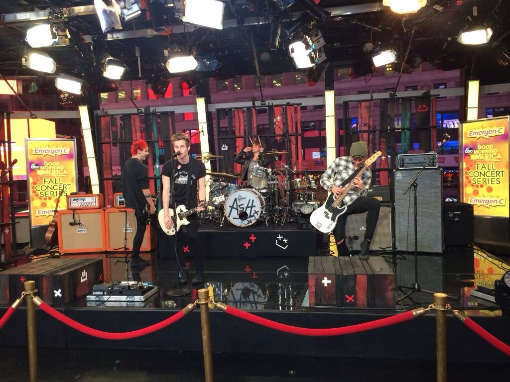 5SOS warming up for their first-ever GMA performance this morning! So proud :)
