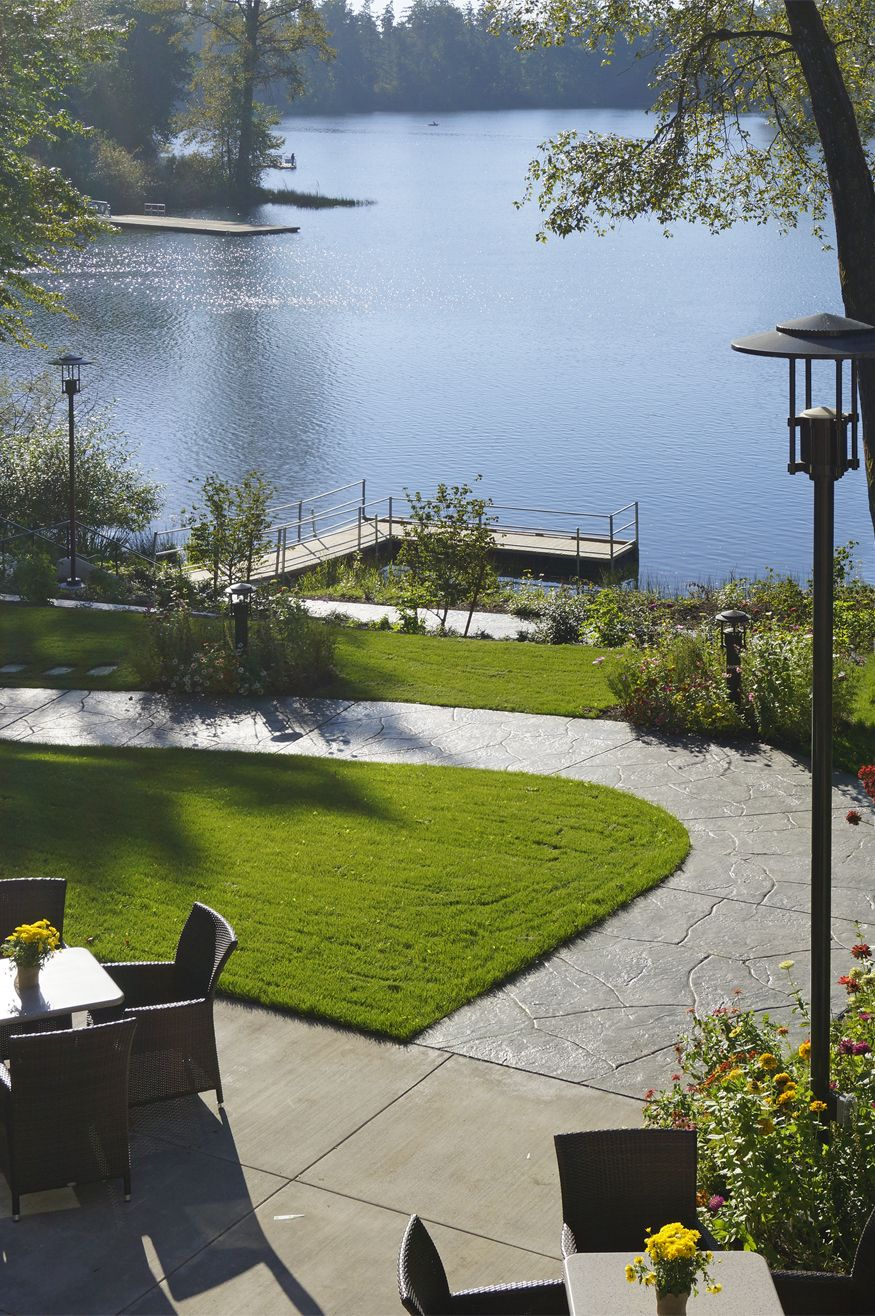 Newly remodeled lakeside wedding u event center at joint base lewis