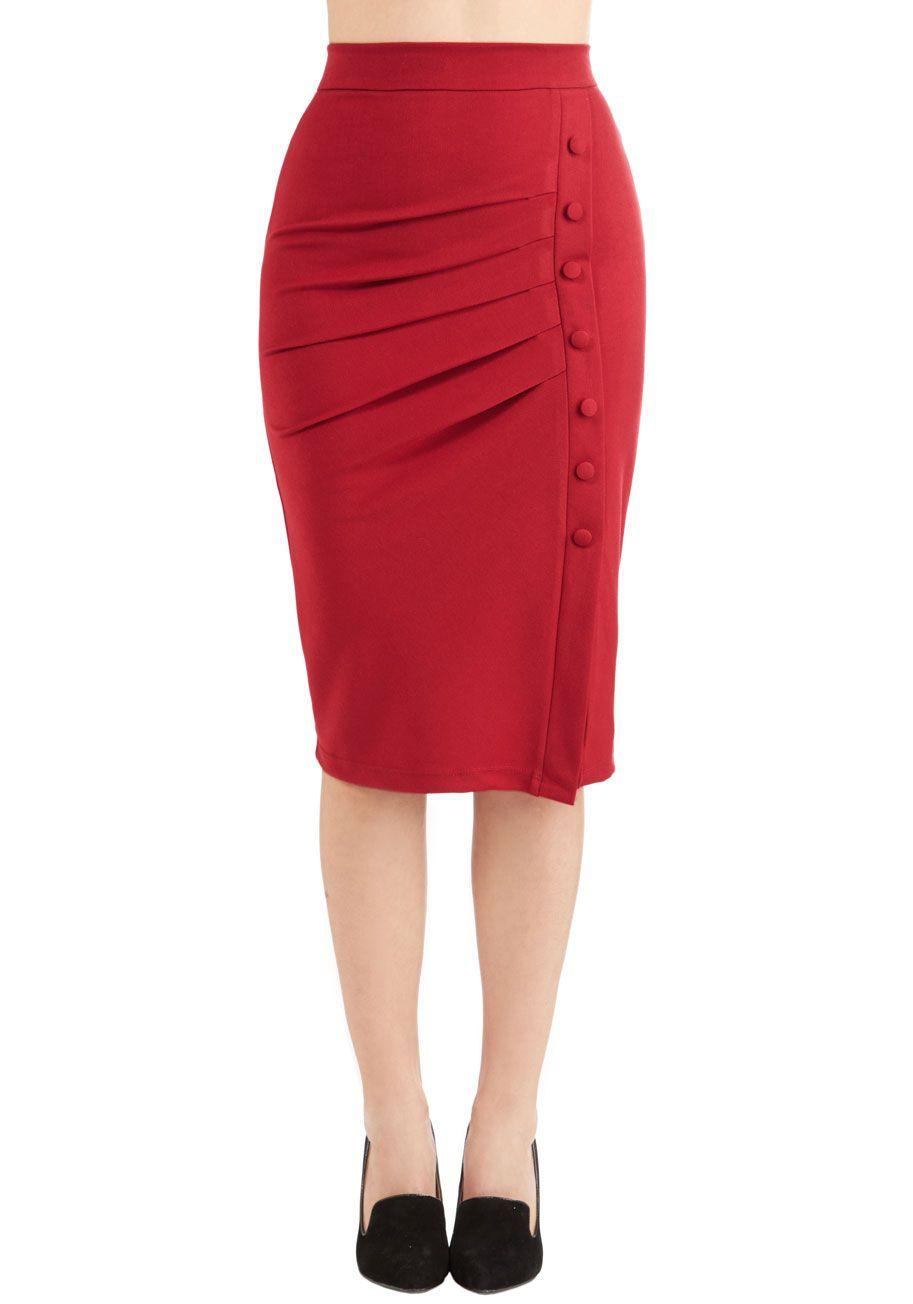 Falda tubo roja con botones 96c7a7787fac
