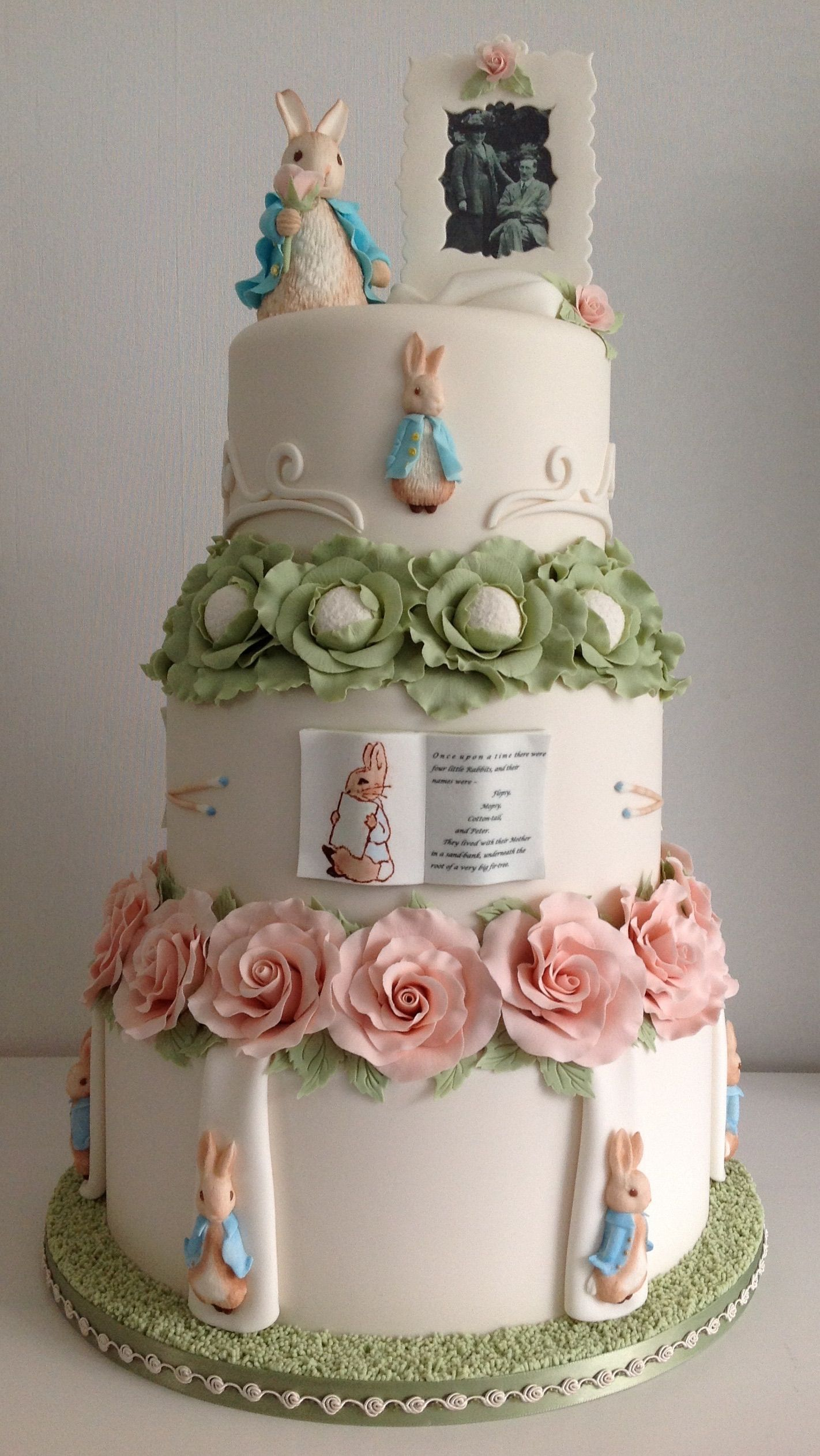 Peter Rabbit Wedding Cake Not Sure About This As A Wedding Cake