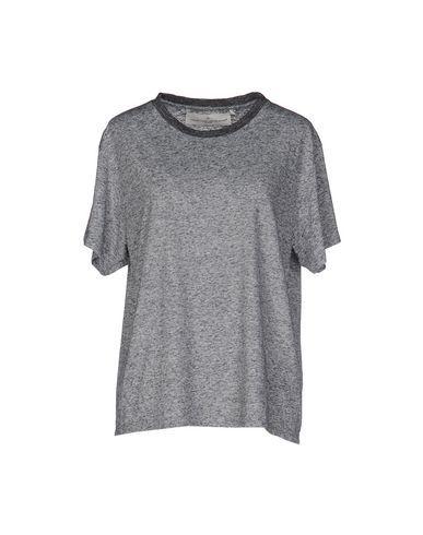 GOLDEN GOOSE T-Shirt. #goldengoose #cloth #dress #top #skirt #pant #coat #jacket #jecket #beachwear #
