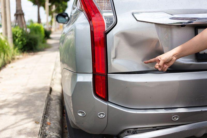 Our auto body shop fixes minor bumps/major collision
