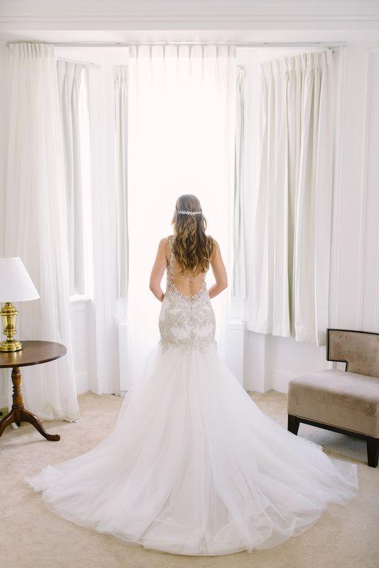 Bride in @watterswtoo Viena gown.