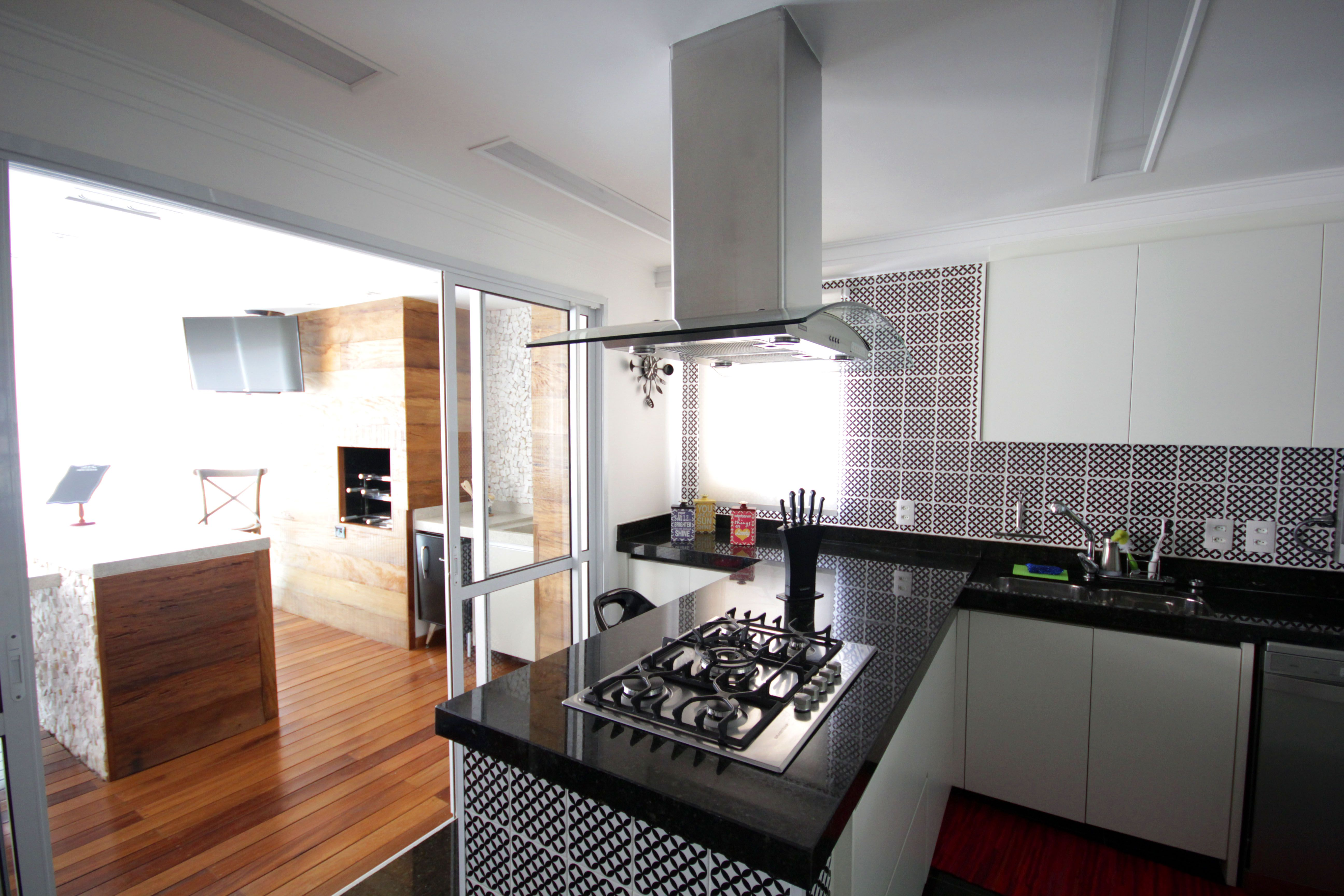 J Pensou Em Uma Cozinha Que Pode Ser Um Espa O De Conviv Ncia Top  ~ Bancada Cozinha Granito Preto