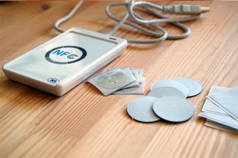 NFC Hacker Starter Kit - USB Writer + Variety Sample NFC