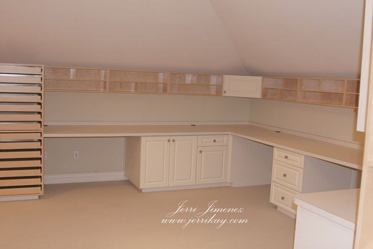 Creating craft room and ideas for you who like craft new craft room