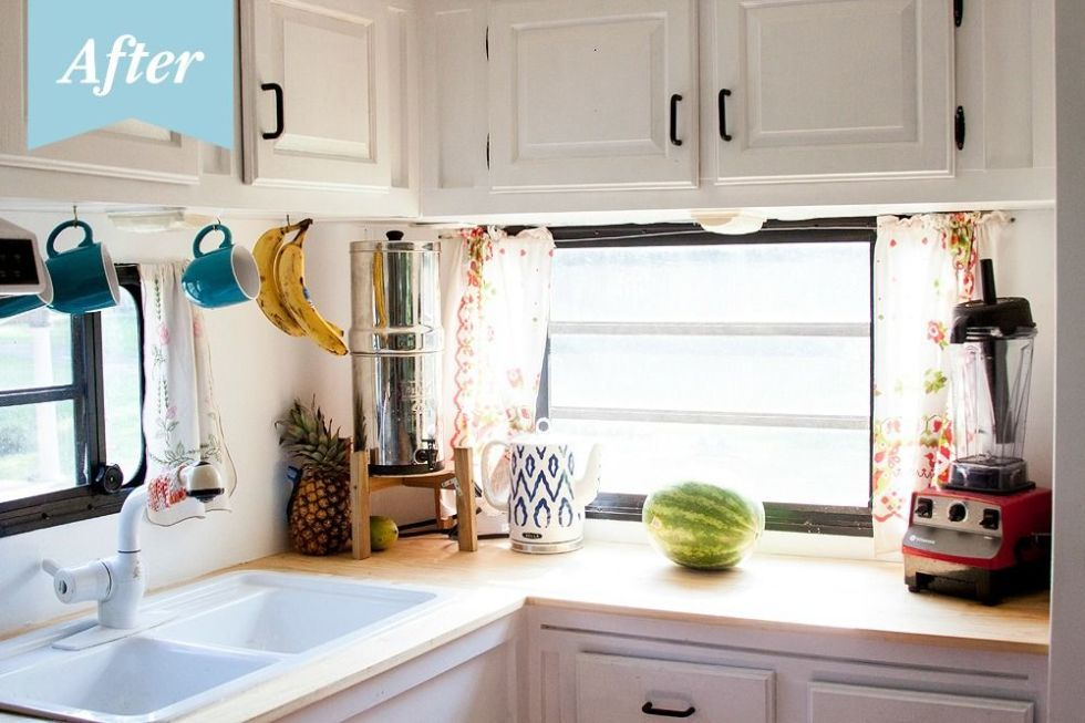 Before & After: This Trailer Makeover Shows How a Little Simplifying