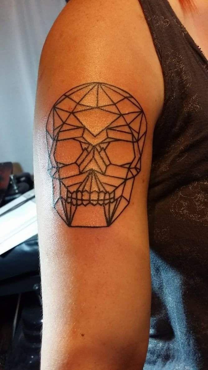 geometric skull by phil sharkey stigma tattoo bar orlando fl