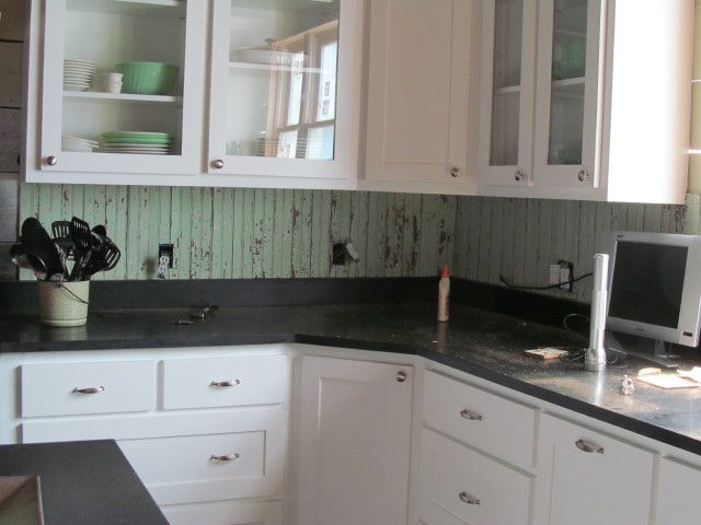salvaged beadboard kitchen backsplash...to leave & seal old paint or ...