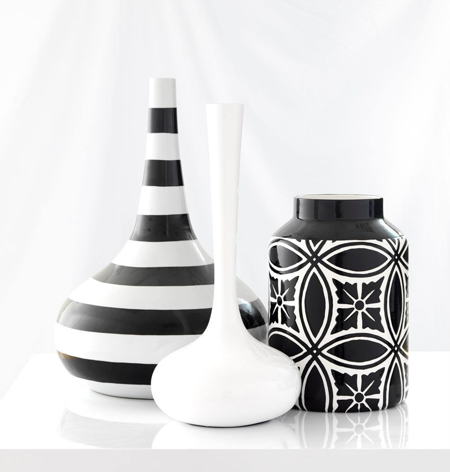 home decor - black vases - accessories id design bahrain | home