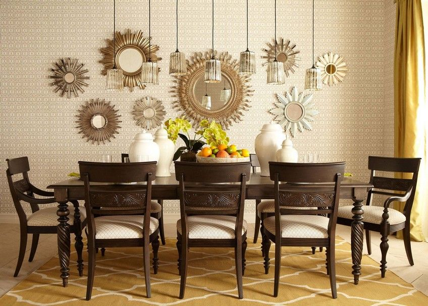Interior Design Tips On How To Place Mirrors In An Original Way Dining Room Accents Mirror Dining Room Dining Room Accent Wall
