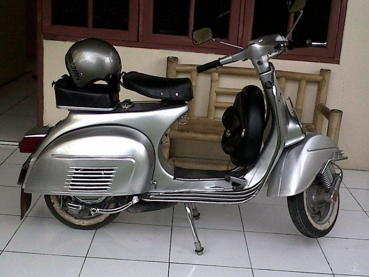 Bajaj Vespa 150 Buscar Con Google Vespa 150 Vespa Scooters Vespa