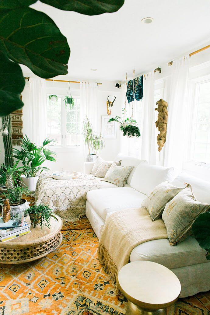 Step Inside The Free-Spirited Home Of Jennifer From FleaMarketFab