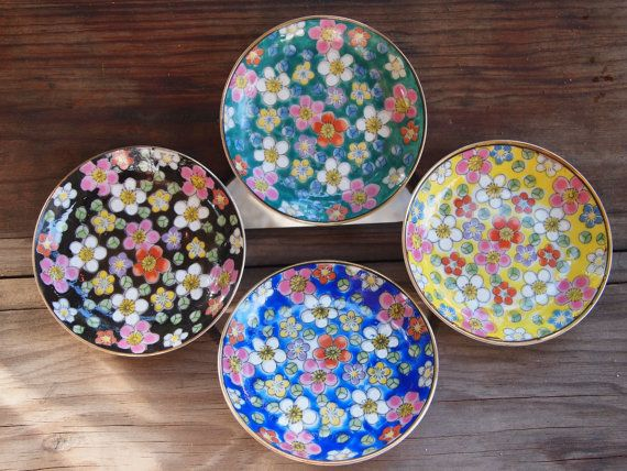 Four Mini Vintage Plates Made in Japan by TheGypsiesTrunk on Etsy, $12.00