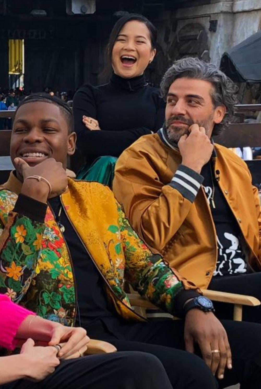 Oscar Isaac Kelly Marie Tran And John Boyega At Oscar Isaac Goodies Oscar Isaac John Boyega Star Wars Cast