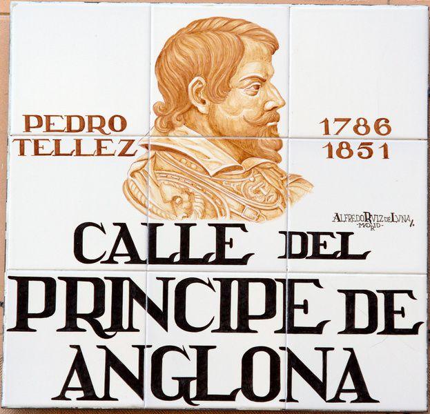 Calle del Prncipe de Anglona  PLACAS DE PLAZAS Y CALLES