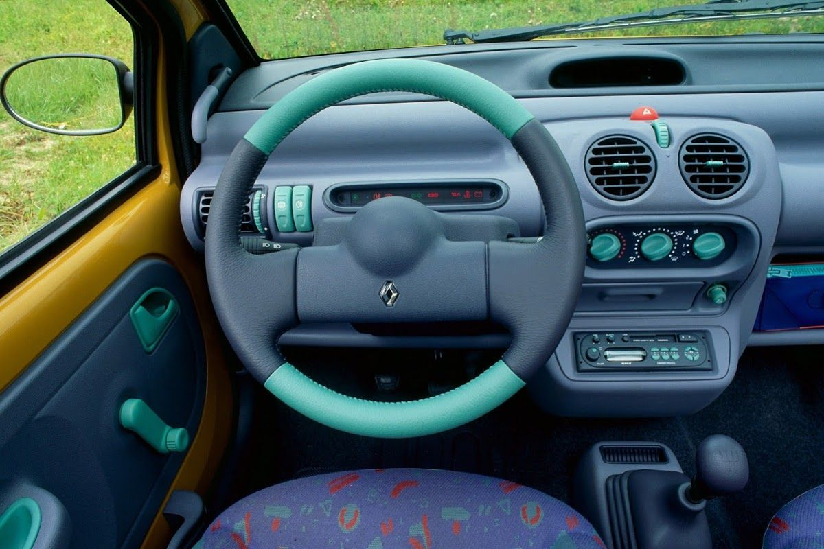 Renault Remembers The Original Twingo On Its 20th Anniversary Carscoops Retro Cars Renault Best Small Cars