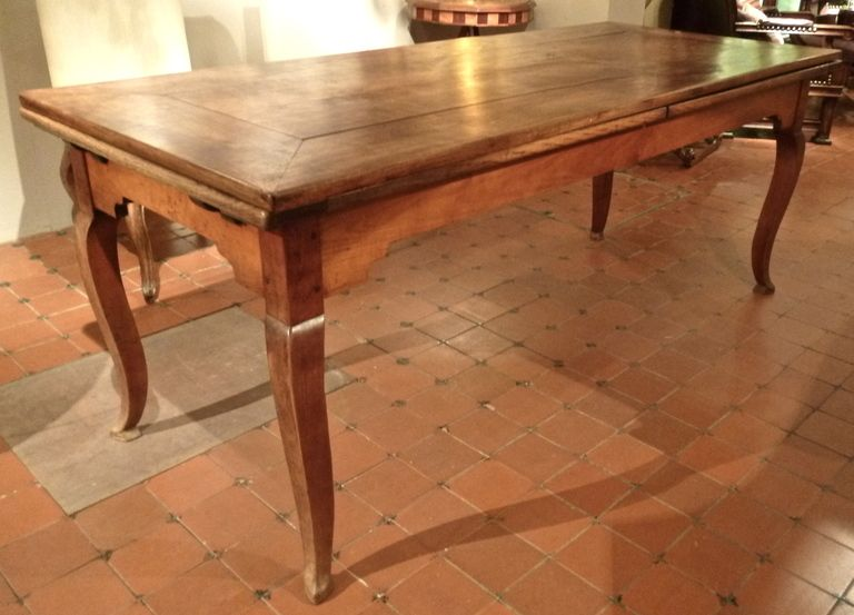 French Provincial Cherrywood Farmhouse Extending Dining Table C1850
