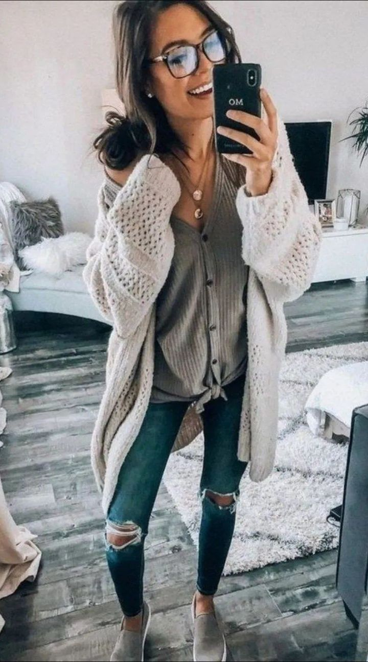Casual fall outfits for women #falloutfitsformoms