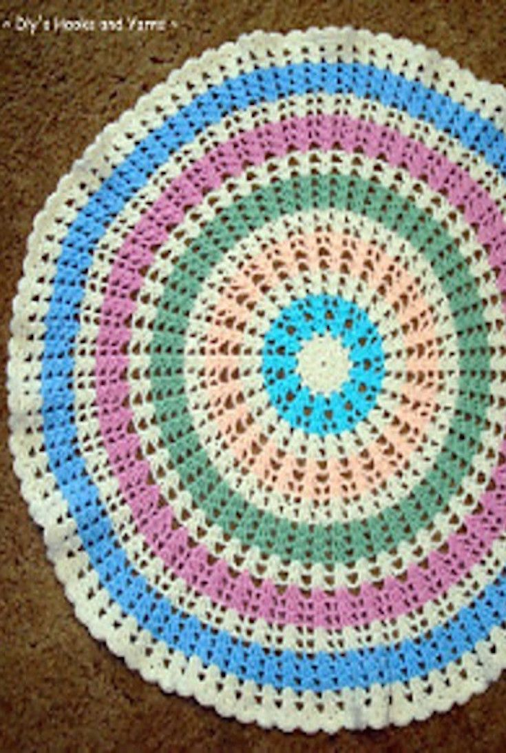 Free Crochet Pattern Quick Easy And Round This Wheel Baby Blanket