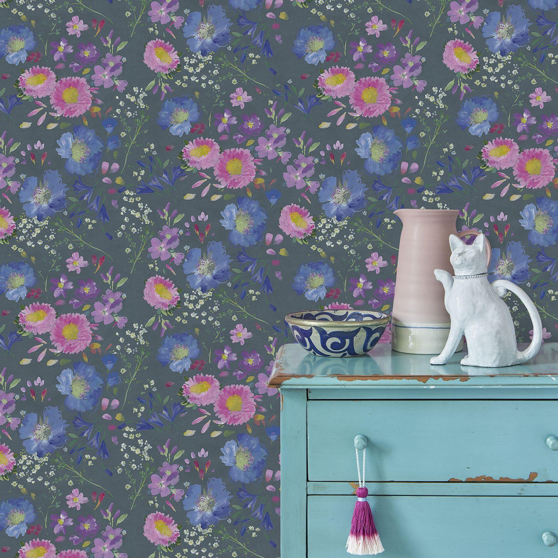 bluebellgray Kippen Smoke Wallpaper extra image Floral