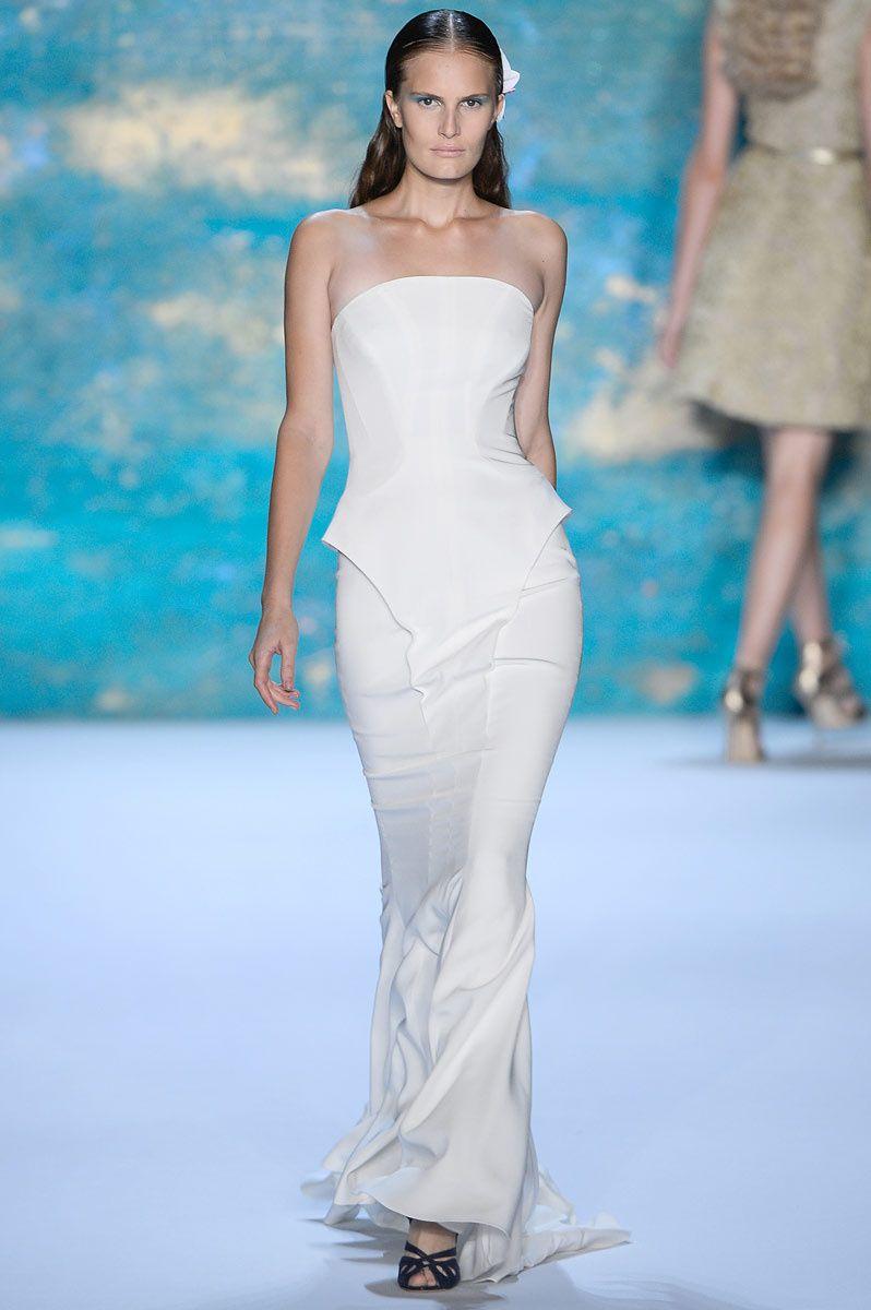 Vogue Novias Primavera 2103 - Monique Lhuillier