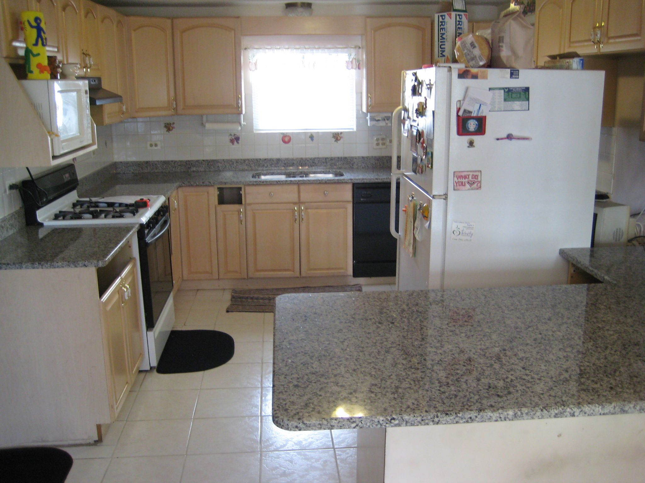 Kitchen Fabricated And Installed By Art Granite Countertops Inc