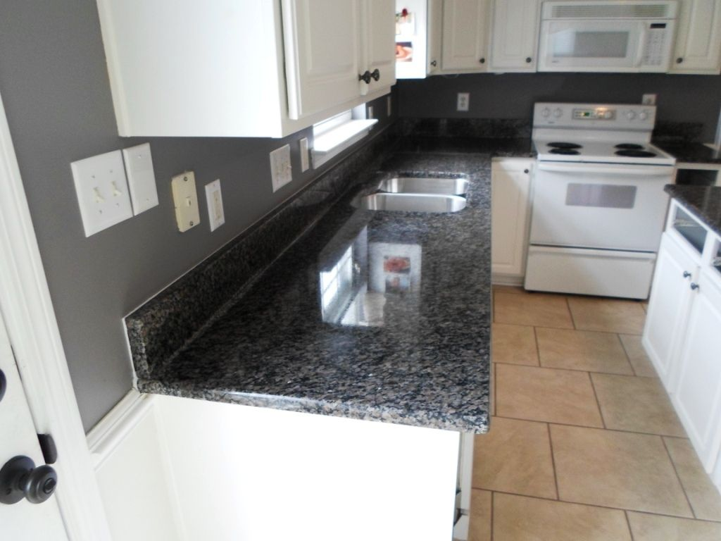 Kitchen Cabinets Charlotte Nc 1000 Images About Granite White Cabinets On Pinterest Giallo