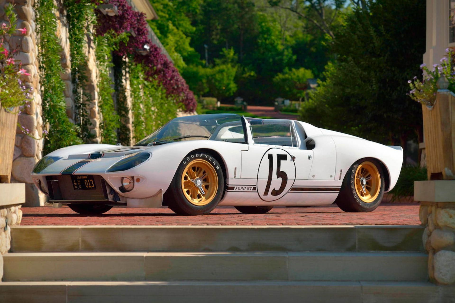 From 1966 To 1969 The Ford Gt40 Dominated The 24 Hours Of Le Mans