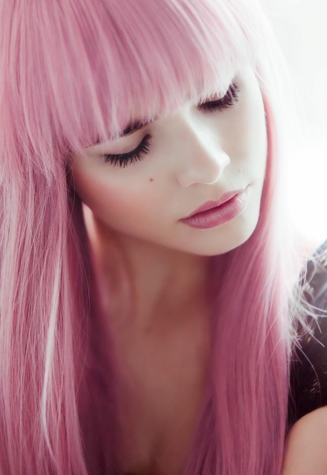Lana rain pink haired pirate
