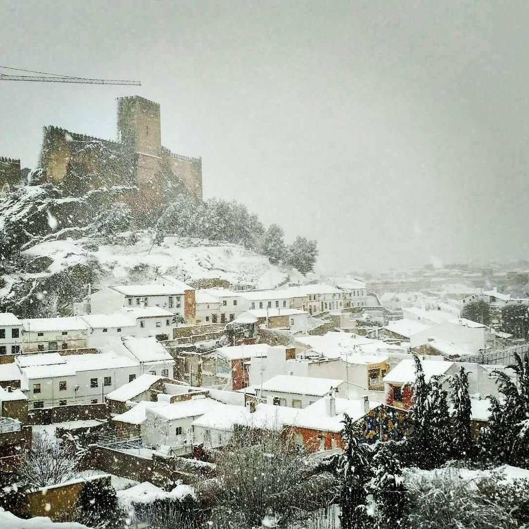 24 Ideas De Almansa Castillos Castillo Medieval Dinastia Borbon