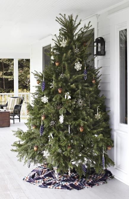 Christmas Tree Decorating Ideas Christmas Tree Decorations Diy Front Porch Christmas Decor Porch Christmas Tree