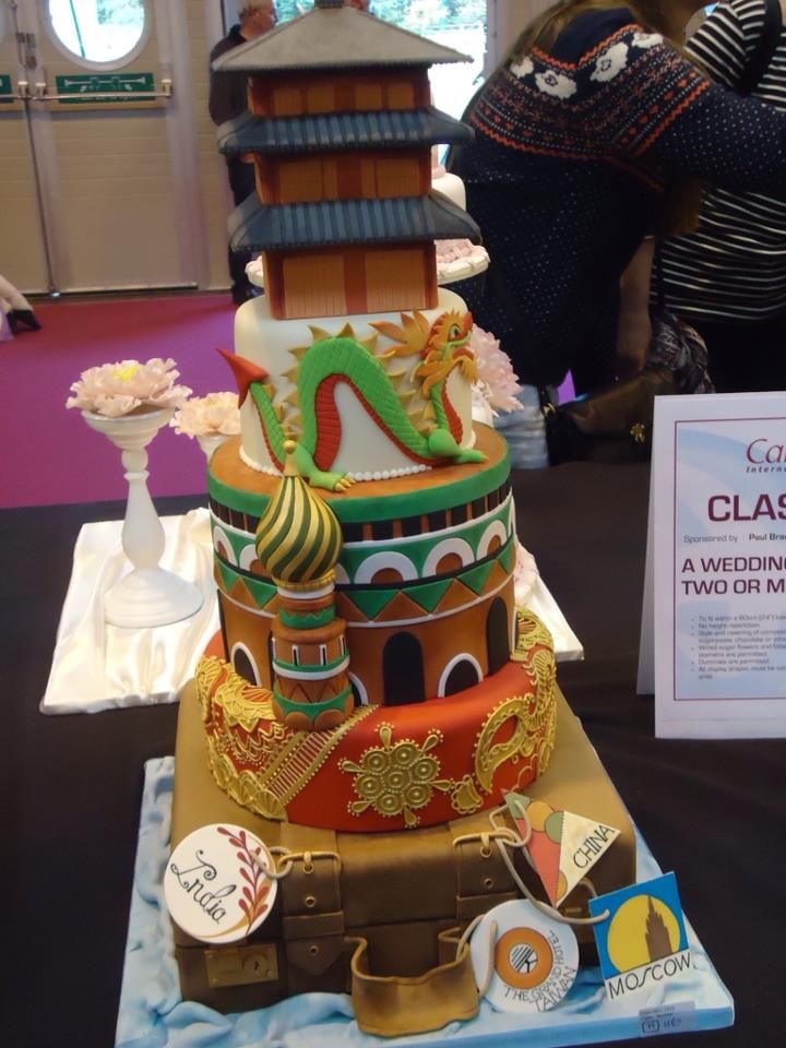 best wedding cake makers in the world beautiful travel cake made with combination of world 11489