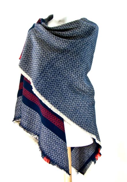 Châle carré en laine bleu rayures - Châle-Poncho - Mes Echarpes ... 06fd6f9519d