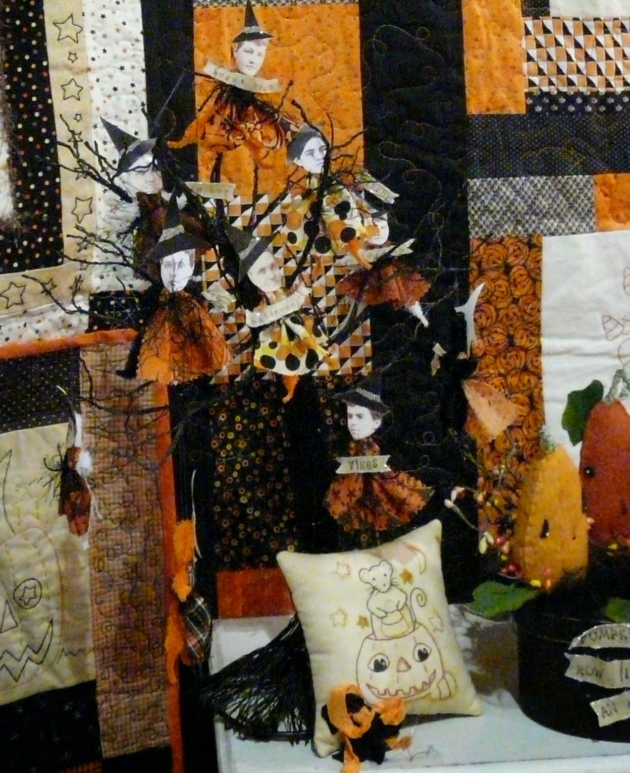 Hudson's Holidays - Designer Shirley Hudson: My booth at the ... : spokane quilt show - Adamdwight.com