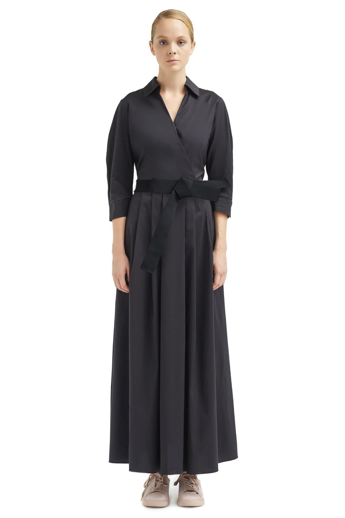 6c494bac1c9f p Il maxi abito da sera o da ufficio in popeline nero è il pezzo che ...