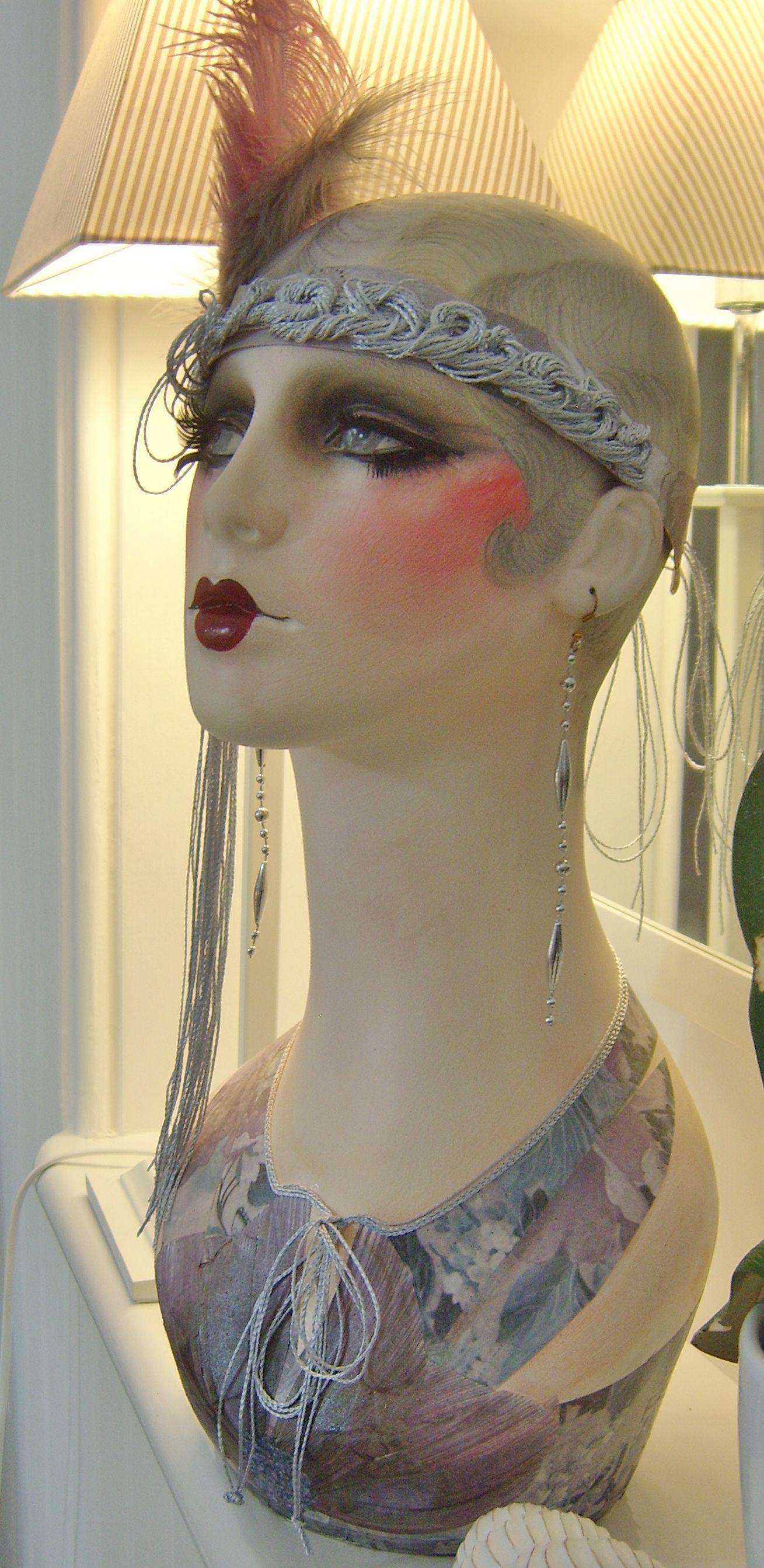 c2818203ec Art deco vintage style flapper mannequin head wig jewellery display shop  1920 nouveau doll oak headdress performer arts   crafts
