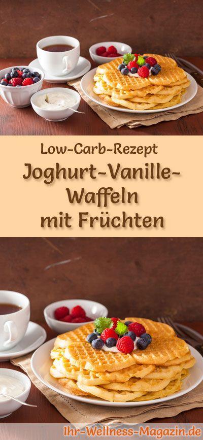 Low Carb Joghurt-Vanille-Waffeln mit Früchten - gesundes Rezept fürs Frühstück #vanillayogurt