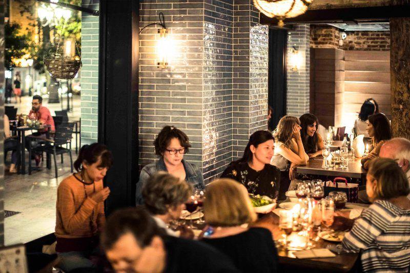 Los Restaurantes Infalibles Para Cenas De Amigos En Madrid Cena Amigos Cenas Restaurantes