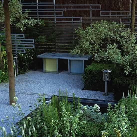 Modern metallic garden   Garden design   Decorating ideas   housetohome.co.uk  Interesting