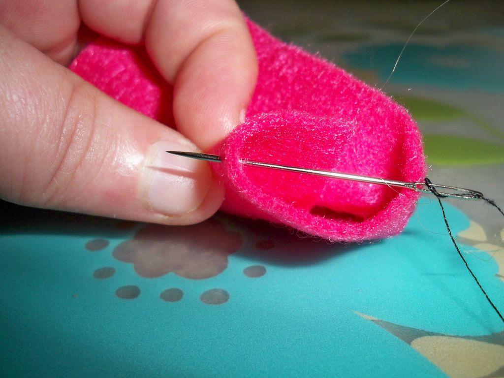 Hand Sewing Basic Slip Stitch Blind Stitch